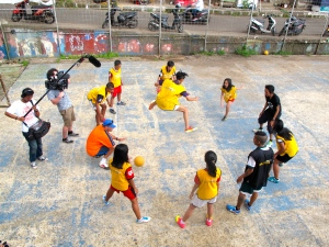 Kids in Indonesia playing a favorite CAC HIV game.